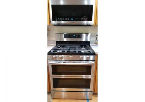 Samsung Gas Oven and Microwave